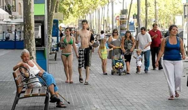 A Barcelone, plus de maillot de bain ni de nudité en ville!