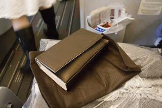 Grand concours Vol369: gagnez des trousses de voyage Business Class Air France – Clarins