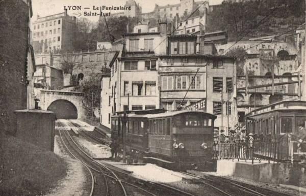 Le Funiculaire de Lyon, considéré par les spécialistes comme le tout premier métro (avant celui de Londres...)