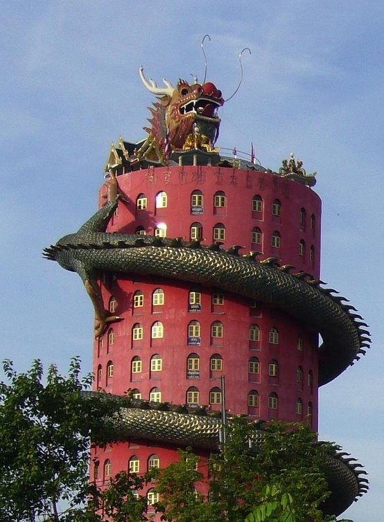 Le temple du dragon à Bangkok... on aime ou on aime pas!