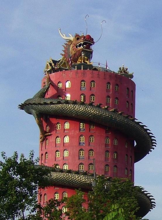 Le temple du dragon à Bangkok... on aime ou on aime pas!