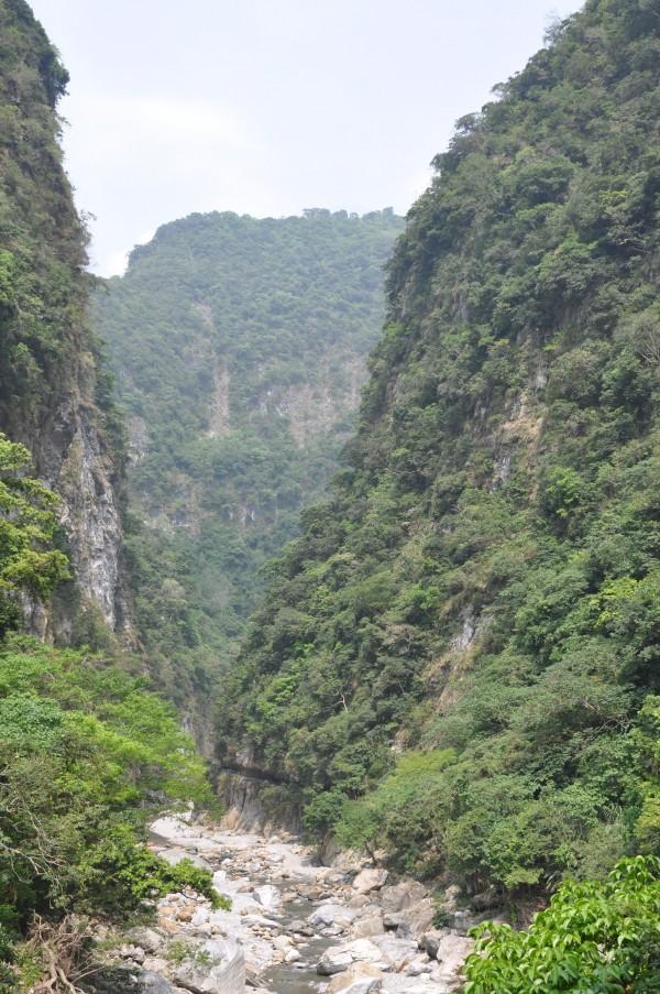 Plusieurs chemins de randonnées, avec divers degrés de difficulté