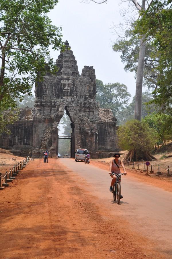 Le vélo, définitivement le meilleur moyen de découvrir Angkor!