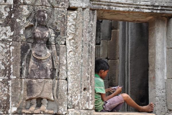 L'un des enfants peuplant les temples d'Angkor