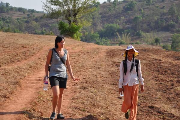Conversation au sommet entre Kou-kou et Jenny
