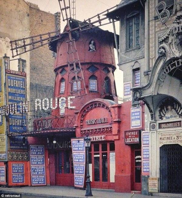 Le véritable Moulin Rouge, tel qu'il était au 19eme siècle