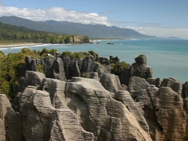Les étranges formations rocheuses du Punakaiki en Nouvelle-Zélande