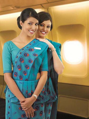 SriLankan-Airlines-crew