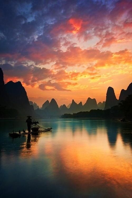 Crépuscule à Guilin en Chine