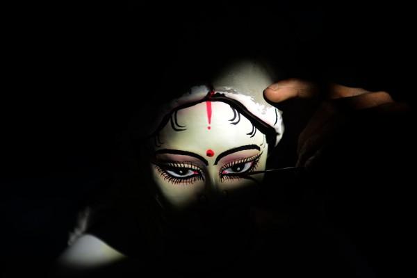 Peinture d'une déesse au Bangladesh