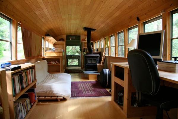 un school bus transform en camping car de luxe vol369 blog de voyages de conseils et de. Black Bedroom Furniture Sets. Home Design Ideas