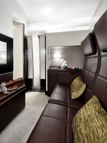 The residence d 39 etihad un studio 5 toiles dans l 39 avion for Salon 5 etoiles