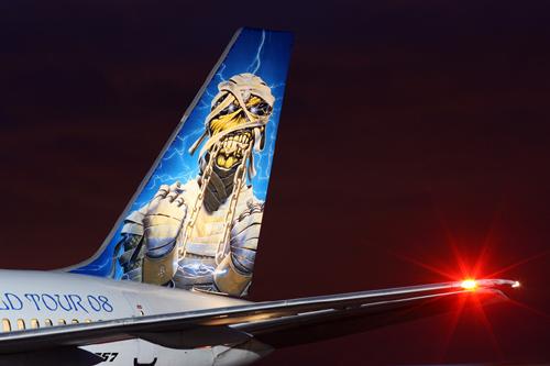 Le chanteur d'Iron Maiden devient pilote de ligne!