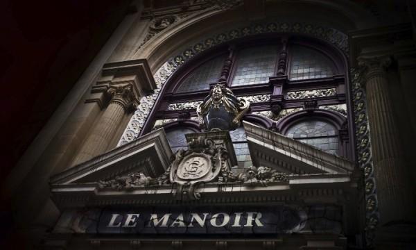 Le manoir de Paris : une maison hantée à Paris !